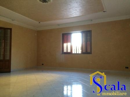 Appartamento in affitto a San Tammaro, 4 locali, prezzo € 360 | Cambio Casa.it