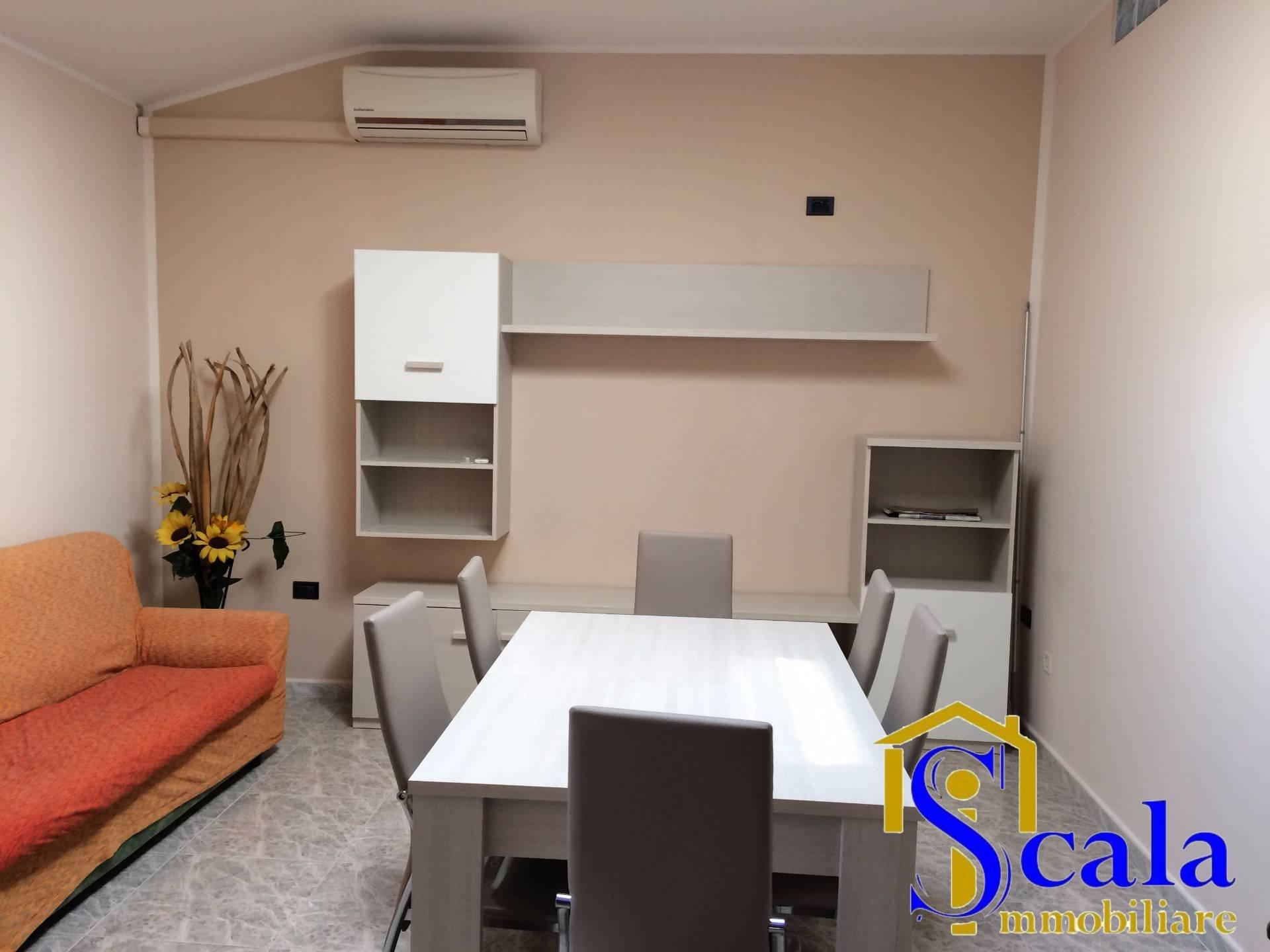 Appartamento in affitto a San Prisco, 3 locali, prezzo € 350 | Cambio Casa.it