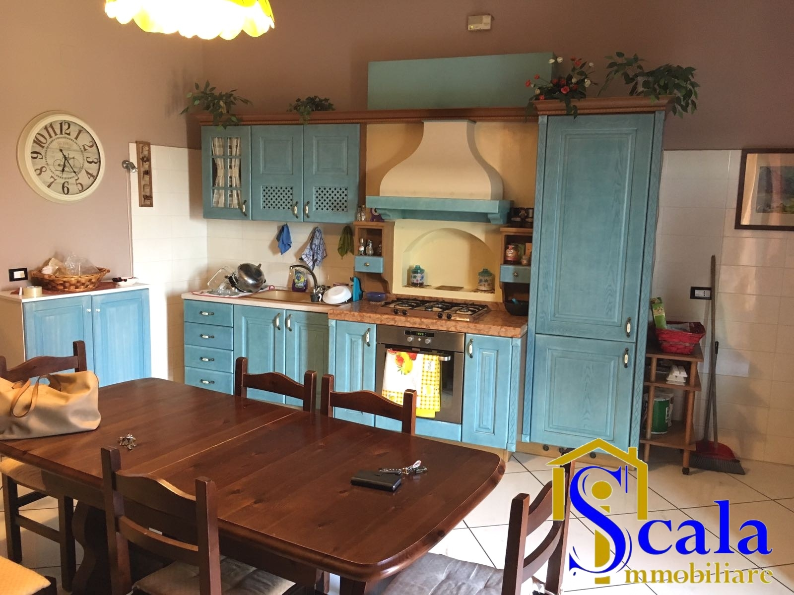 Appartamento in affitto a San Prisco, 4 locali, prezzo € 500 | Cambio Casa.it