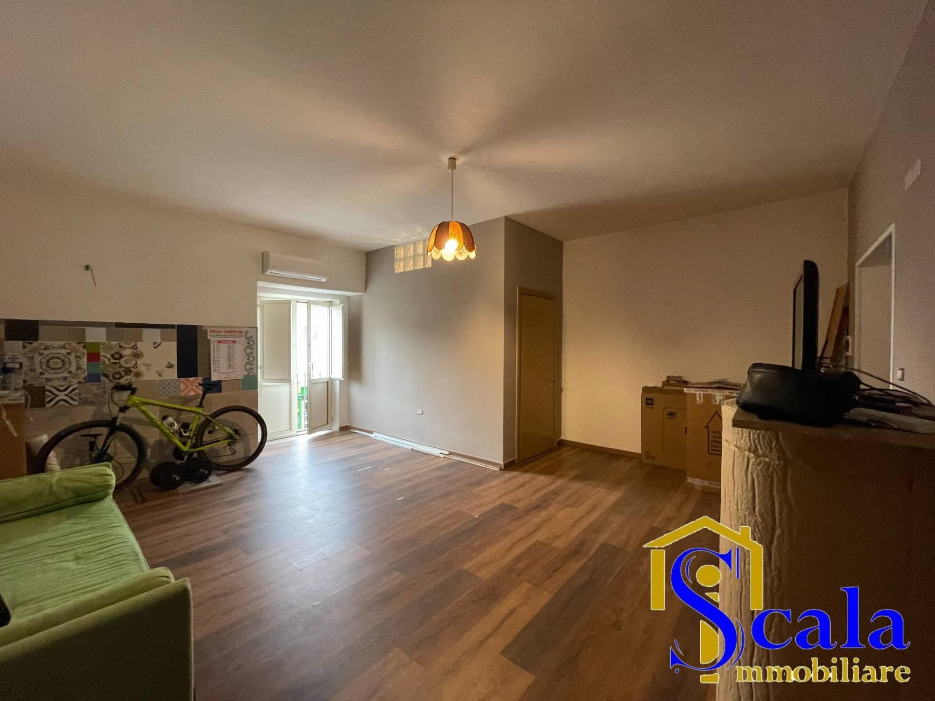 Appartamento in affitto a Capua, 2 locali, zona Località: S.AngeloinFormis, prezzo € 300   CambioCasa.it