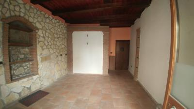 Locale commerciale in Affitto<br>a San Prisco