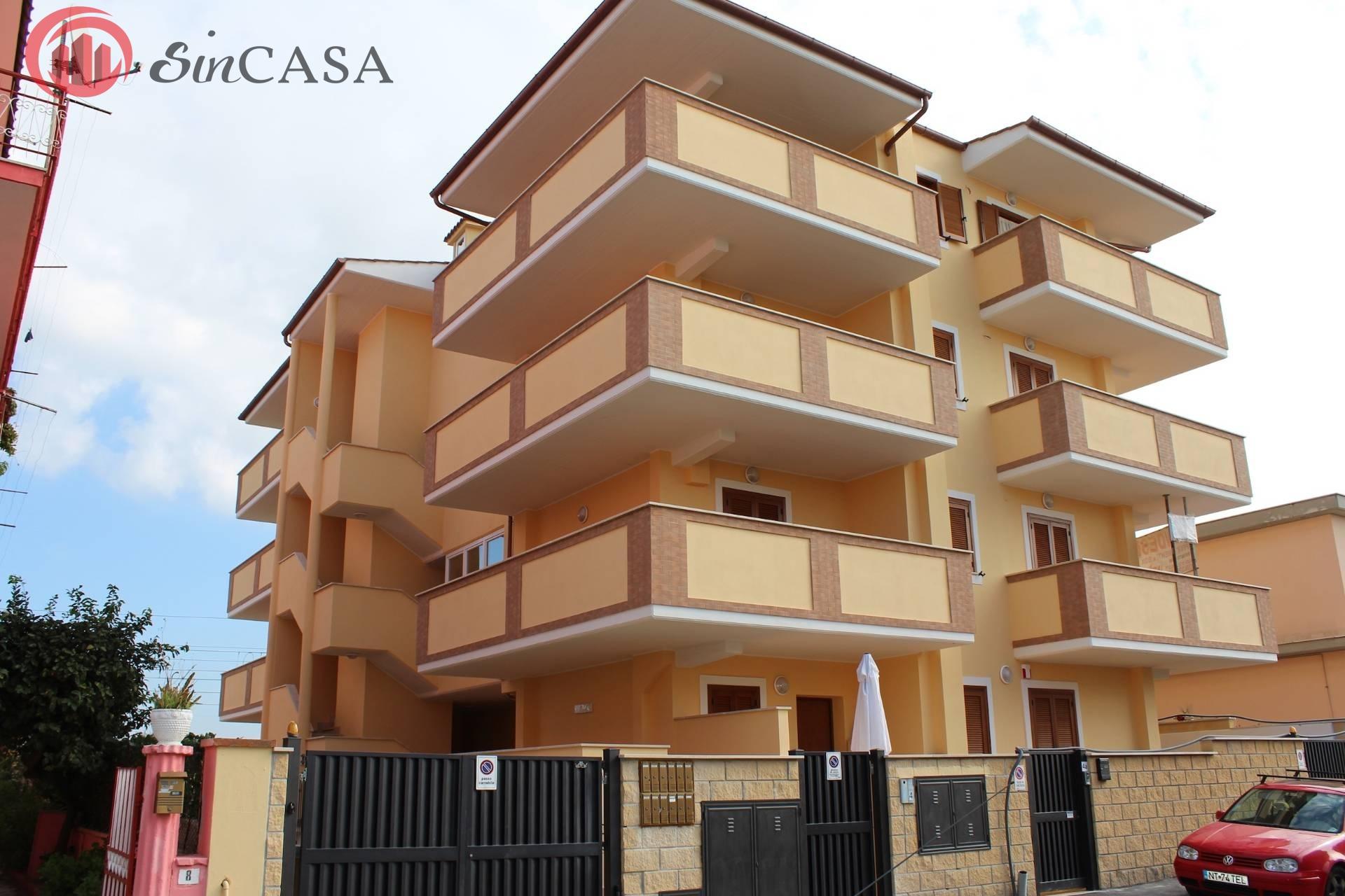 Appartamento in vendita a Ladispoli, 3 locali, zona Località: ladispolicentro, prezzo € 160.000 | CambioCasa.it