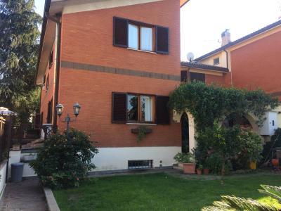 villa quadrifamiliare in Vendita a Cerveteri
