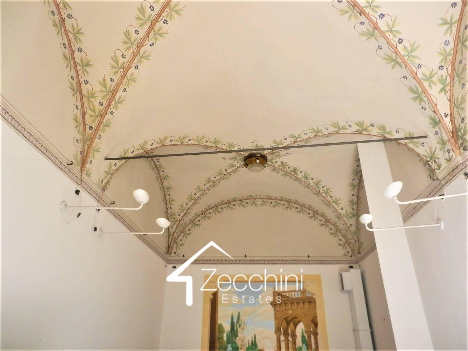Magnifico ufficio nel centro storico in Vendita a Bologna ...