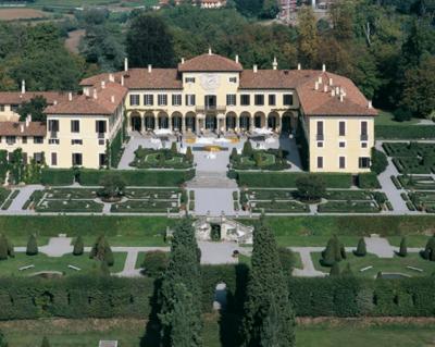 Villa in Vendita a Imbersago