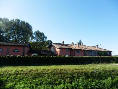 Villa in Vendita a Pieve Porto Morone