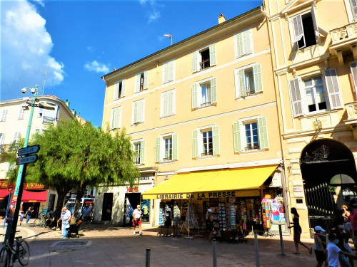 Apartment for Sale in Menton