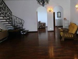 Villa in affitto a Ascoli Piceno, 10 locali, prezzo € 1.000 | CambioCasa.it