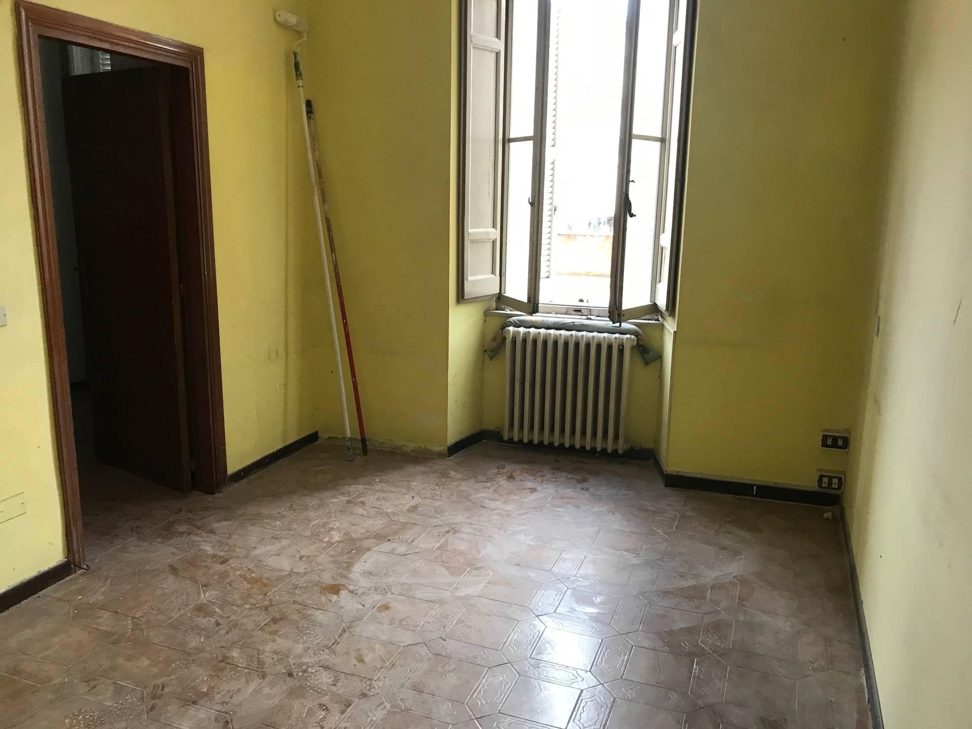Appartamento in affitto a Ascoli Piceno, 5 locali, zona Località: CentroStorico, prezzo € 550 | CambioCasa.it