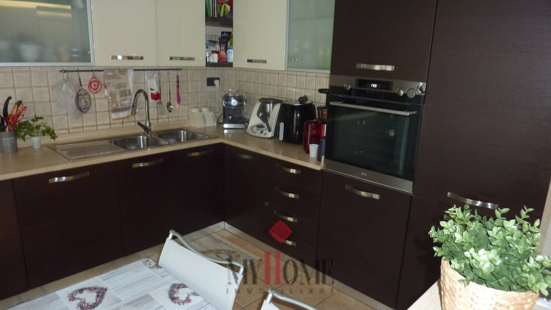 Appartamento in vendita a Monteprandone, 4 locali, zona Località: CENTOBUCHISOPRALASALARIA, prezzo € 160.000 | PortaleAgenzieImmobiliari.it