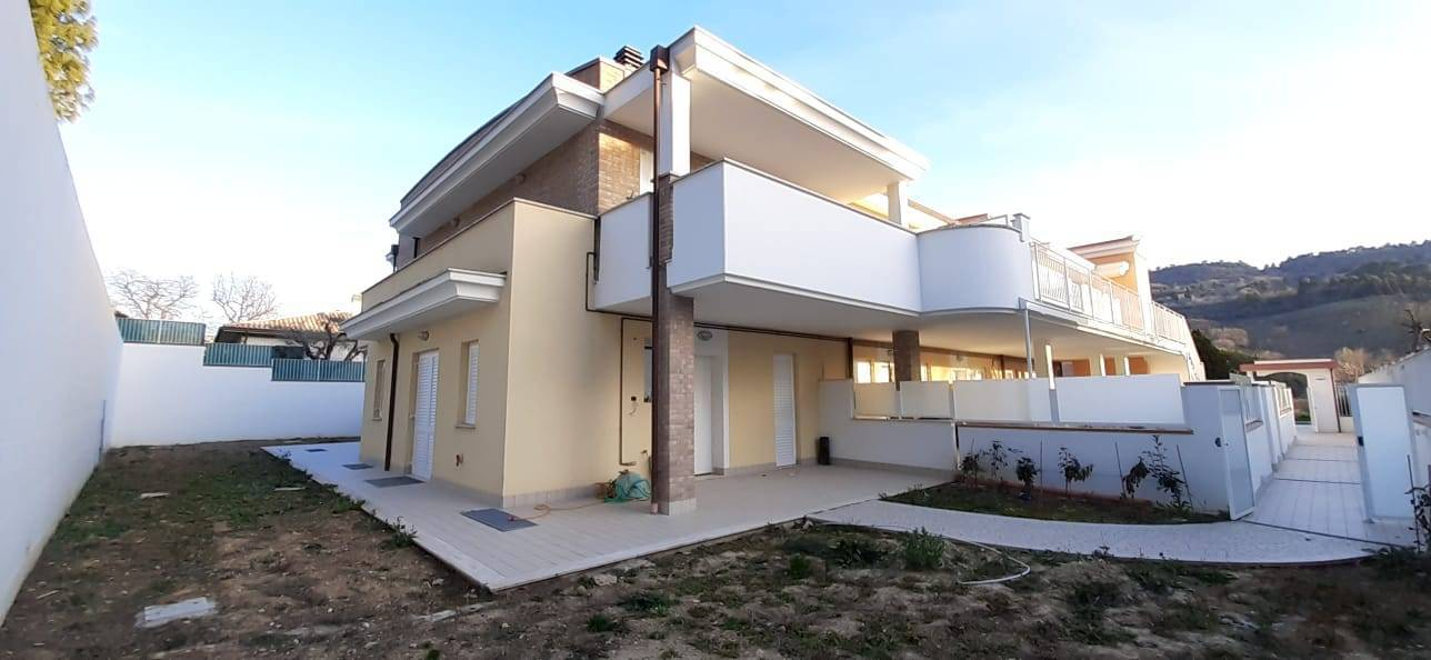 Appartamento in vendita a Grottammare, 2 locali, zona Località: ValTesino, prezzo € 95.000 | PortaleAgenzieImmobiliari.it
