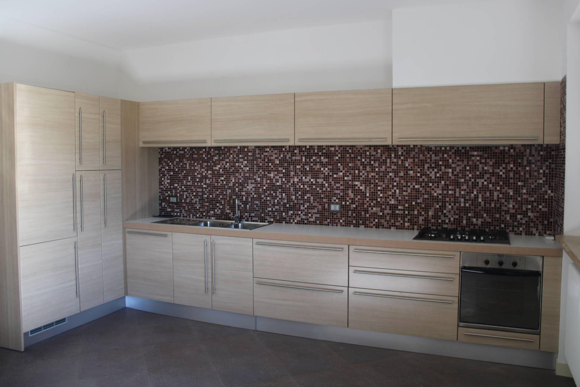 Appartamento in vendita a Folignano, 5 locali, zona Località: PianediMorro, prezzo € 165.000 | PortaleAgenzieImmobiliari.it