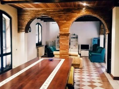 Villa in Vendita a Castignano