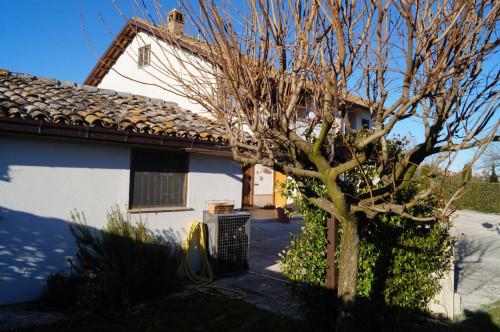 Villa in Vendita a Folignano
