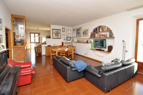 Villa in Vendita a Massignano