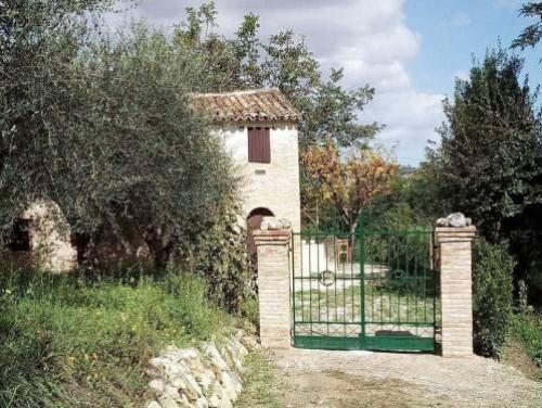 Rustico/Casale in Vendita a Monsampietro Morico