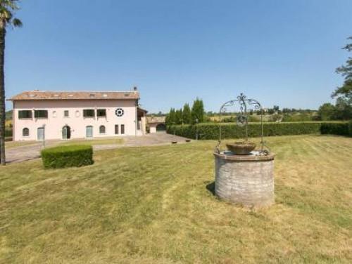 Rustico/Casale in Vendita a Folignano
