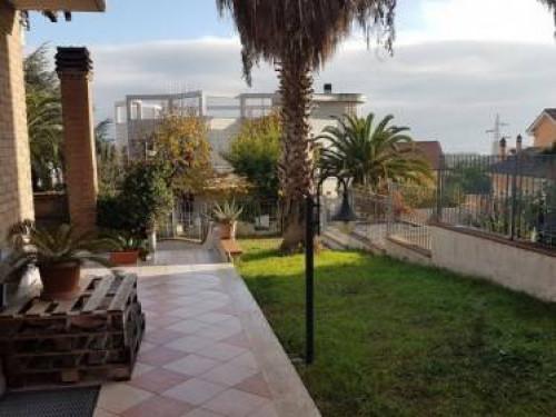 Villa in Vendita a San Benedetto del Tronto