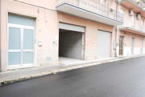 Box o garage in Affitto a Ragusa