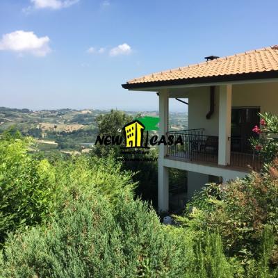 Casa singola in Vendita a Borghi