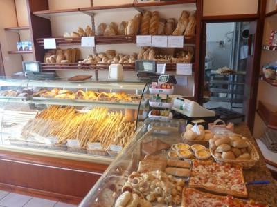 Locale commerciale in Affitto/Vendita a Cervia