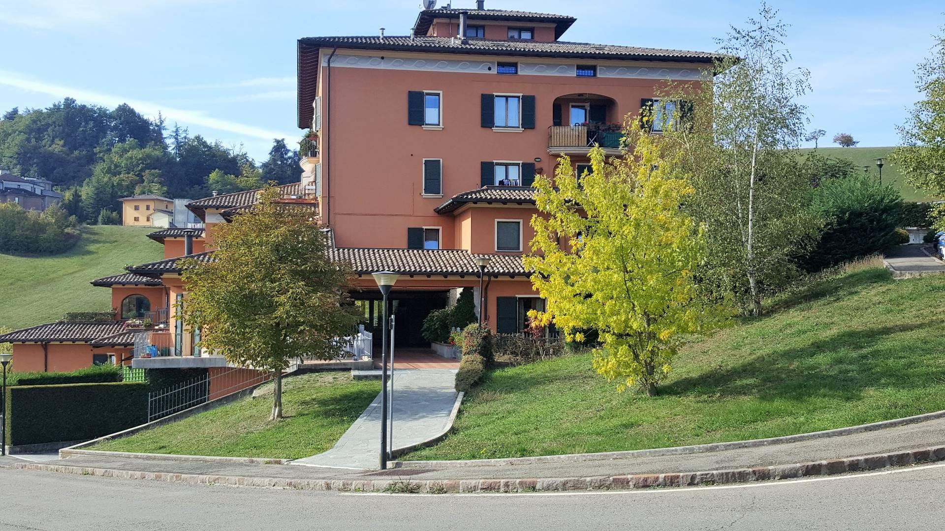 Appartamento con Giardino/Terrazzo in Vendita a Pavullo nel Frignano ...