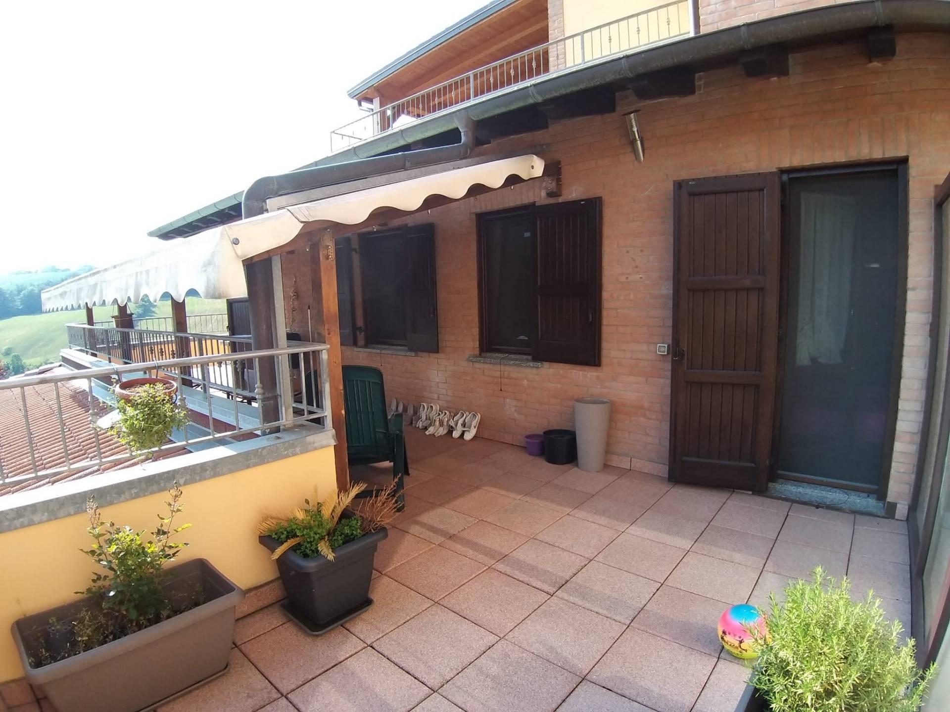 Appartamento in vendita a Pavullo nel Frignano, 3 locali, zona Località: Ville, prezzo € 170.000 | PortaleAgenzieImmobiliari.it