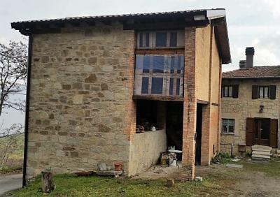Porzione di casa in Vendita a Pavullo nel Frignano