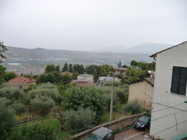 Soluzione Indipendente in vendita a Colli del Tronto, 10 locali, prezzo € 120.000 | Cambio Casa.it