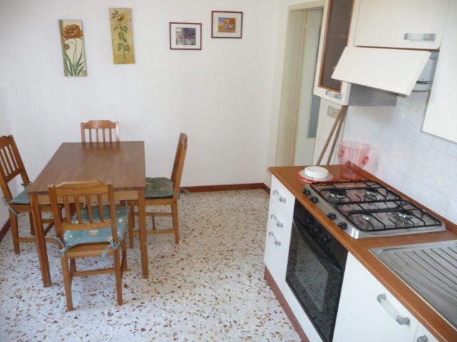 Appartamento in affitto a Colonnella, 2 locali, prezzo € 350 | Cambio Casa.it
