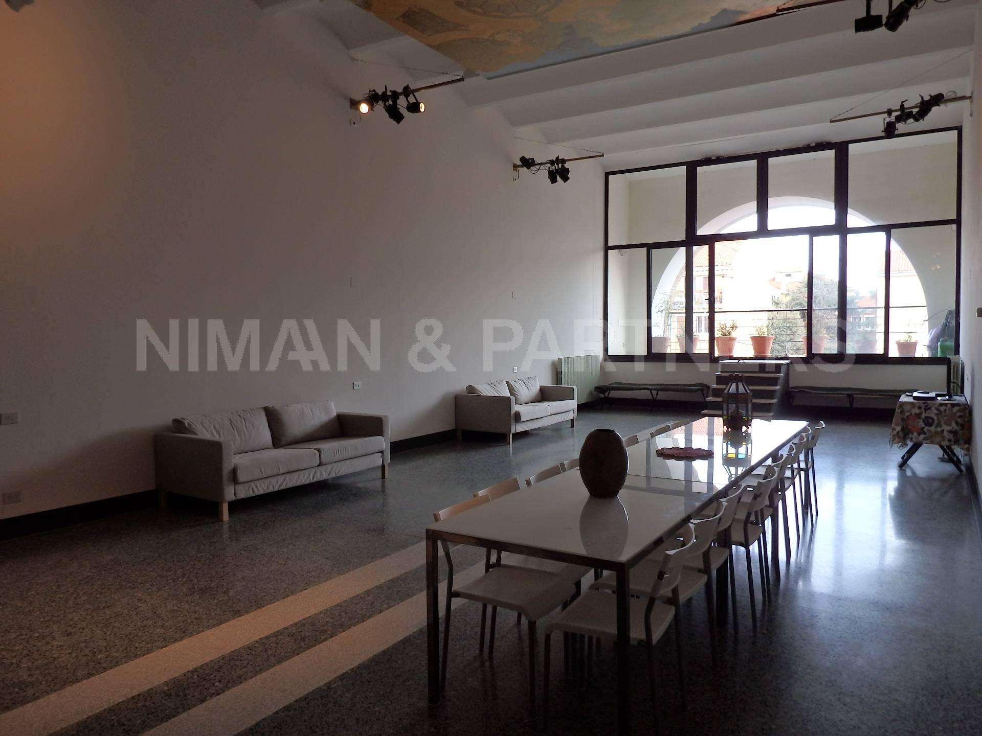 Appartamento in vendita a Venezia, 5 locali, zona Zona: 7 . Giudecca, prezzo € 600.000 | Cambio Casa.it