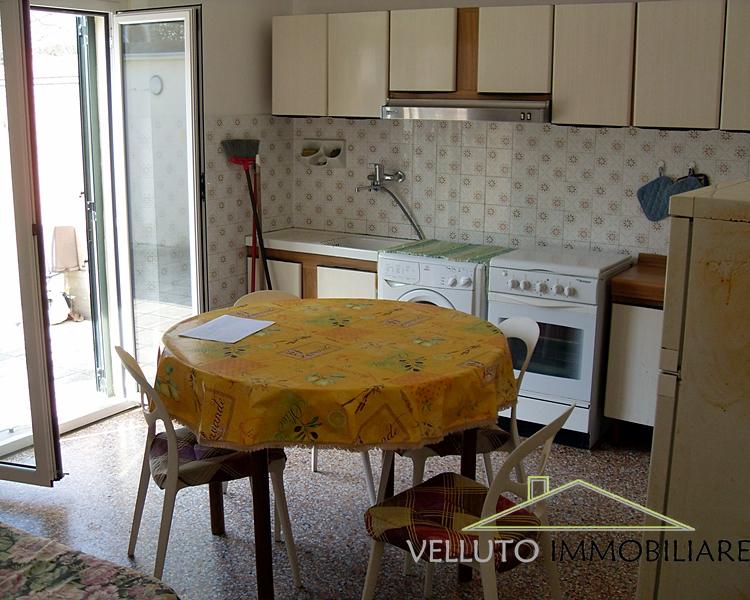 Soluzione Indipendente in vendita a Senigallia, 3 locali, zona Località: LungomareMameli, prezzo € 380.000 | Cambio Casa.it