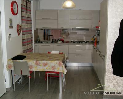 Appartamento ingresso indipendente in Vendita a Ostra