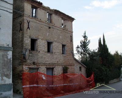Casa singola in Vendita a Trecastelli