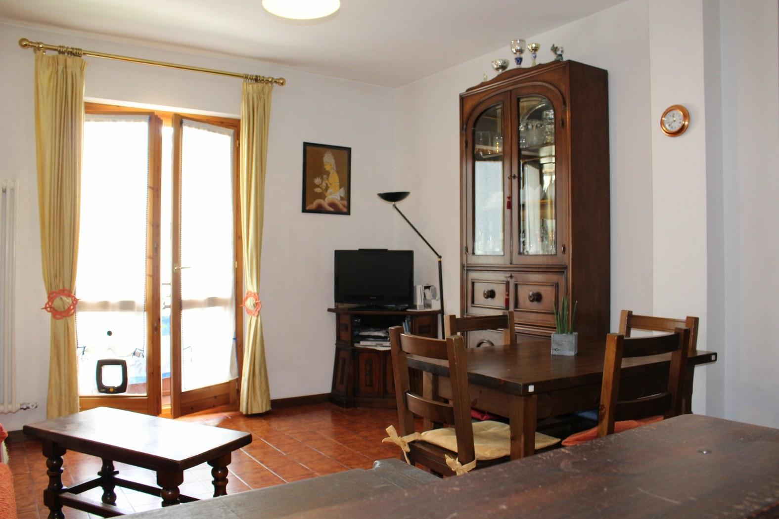 Appartamento in vendita a Pollein, 3 locali, zona Località: Saint-Benin, prezzo € 150.000 | Cambio Casa.it