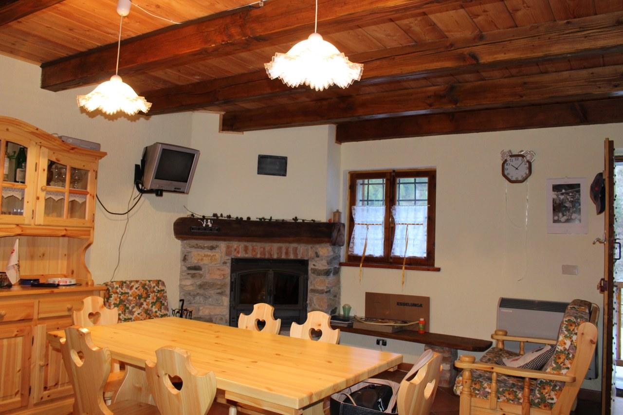 Appartamento in vendita a Rhemes-Saint-Georges, 3 locali, zona Località: LaBarmaz, prezzo € 150.000 | Cambio Casa.it