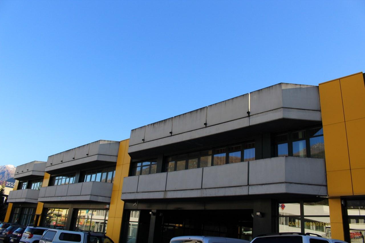 Ufficio / Studio in vendita a Saint-Christophe, 9999 locali, prezzo € 105.000 | Cambio Casa.it