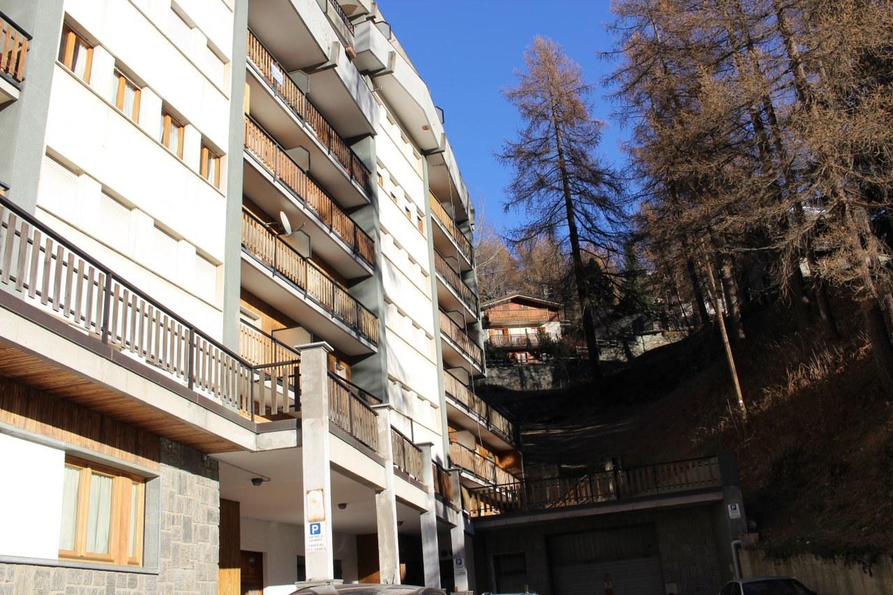 Appartamento in vendita a Valtournenche, 2 locali, prezzo € 185.000 | Cambio Casa.it