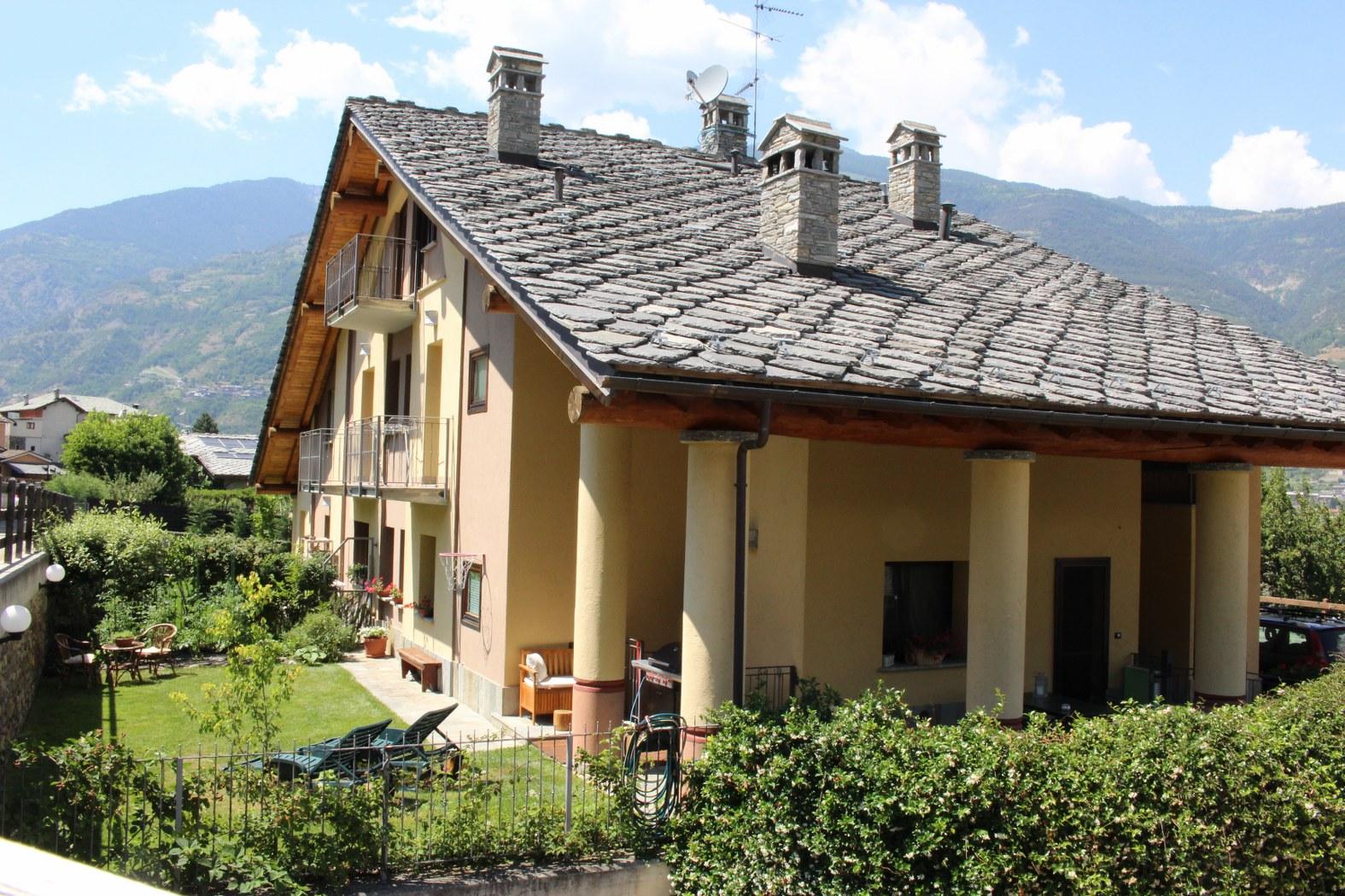 Villa in vendita a Gressan, 4 locali, prezzo € 259.000 | Cambio Casa.it