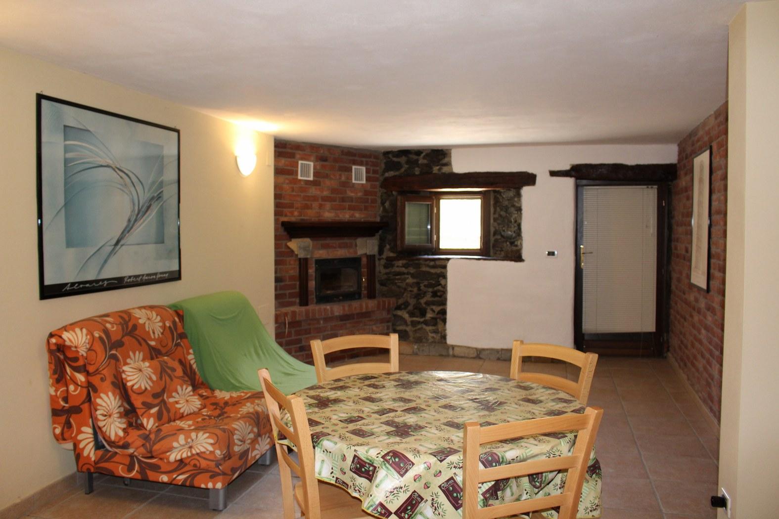 Appartamento in vendita a Saint-Rhemy-En-Bosses, 1 locali, prezzo € 48.000   CambioCasa.it