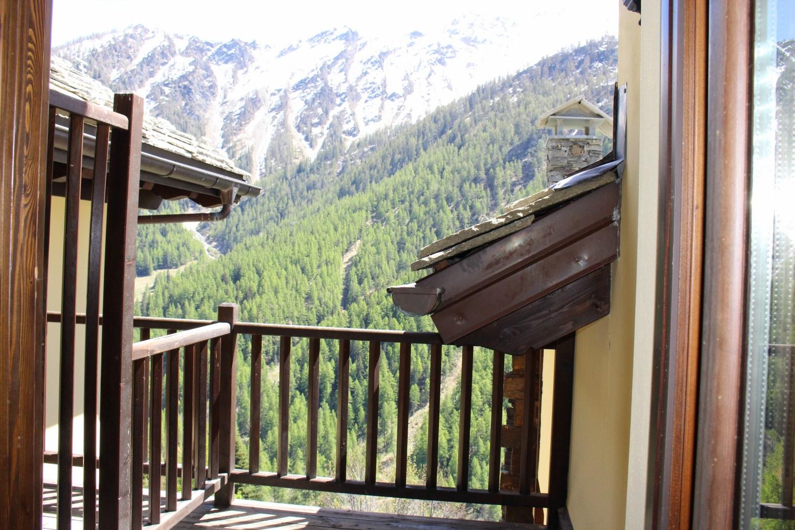Appartamento in vendita a Saint-Rhemy-En-Bosses, 2 locali, prezzo € 107.000   CambioCasa.it