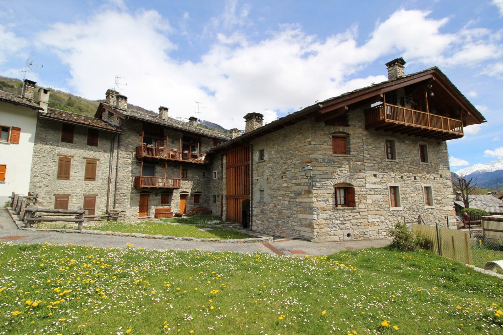Appartamento in vendita a Morgex, 1 locali, prezzo € 96.000   CambioCasa.it
