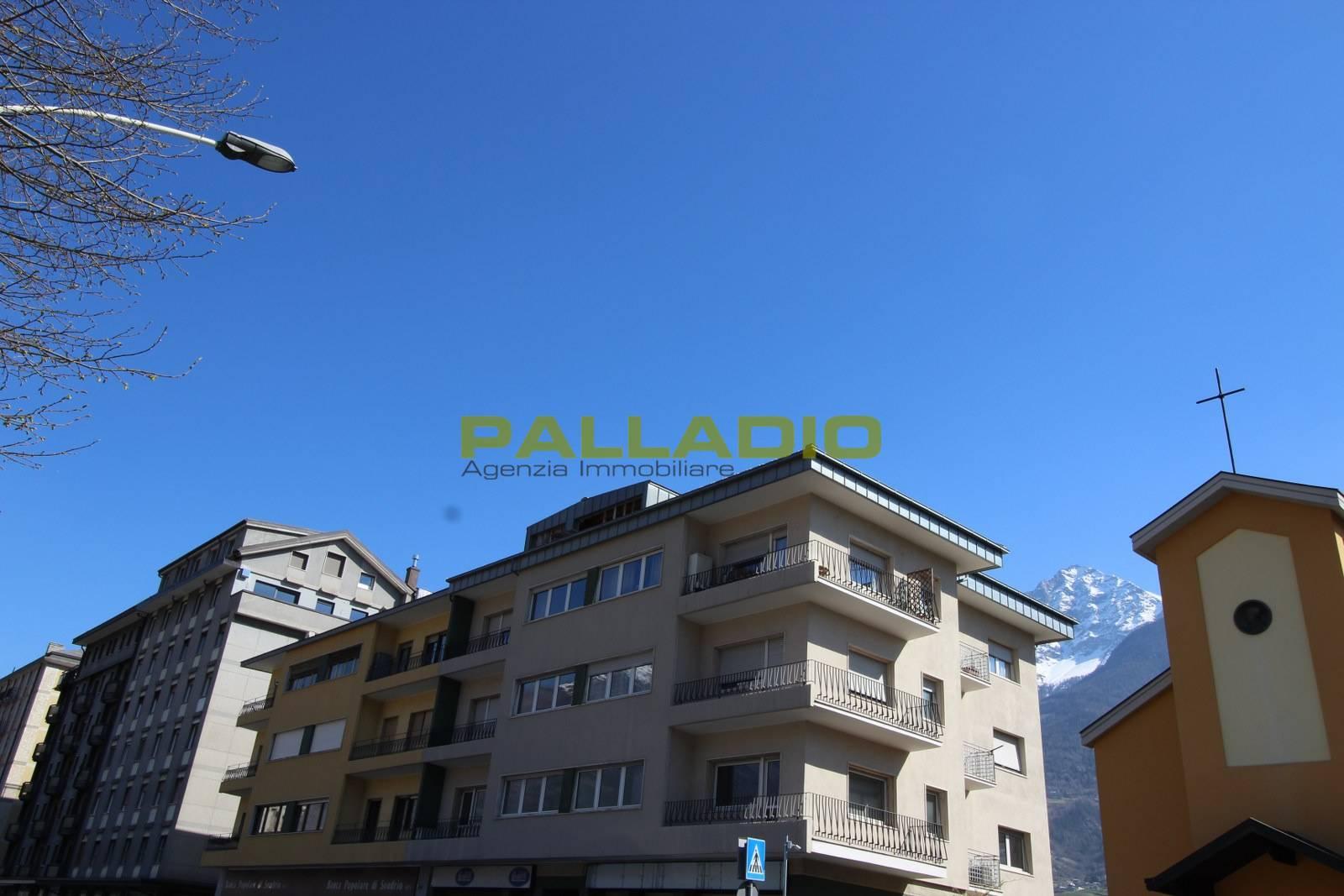 aosta vendita quart: centro palladio-di-giuliani-cinzia