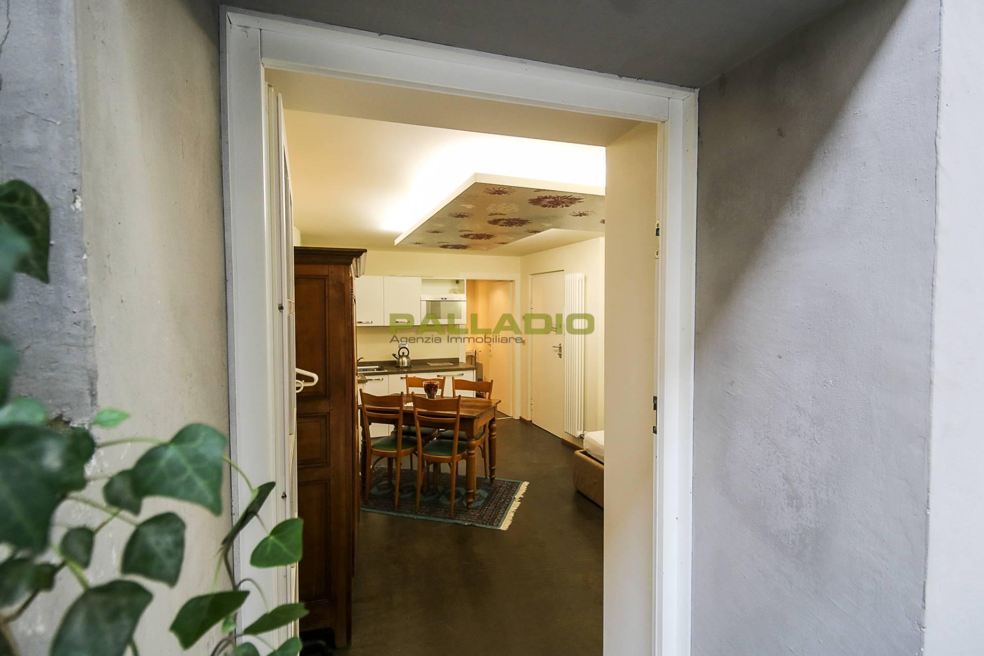 Appartamento in vendita a Aosta, 1 locali, zona Zona: Centro, prezzo € 115.000   CambioCasa.it