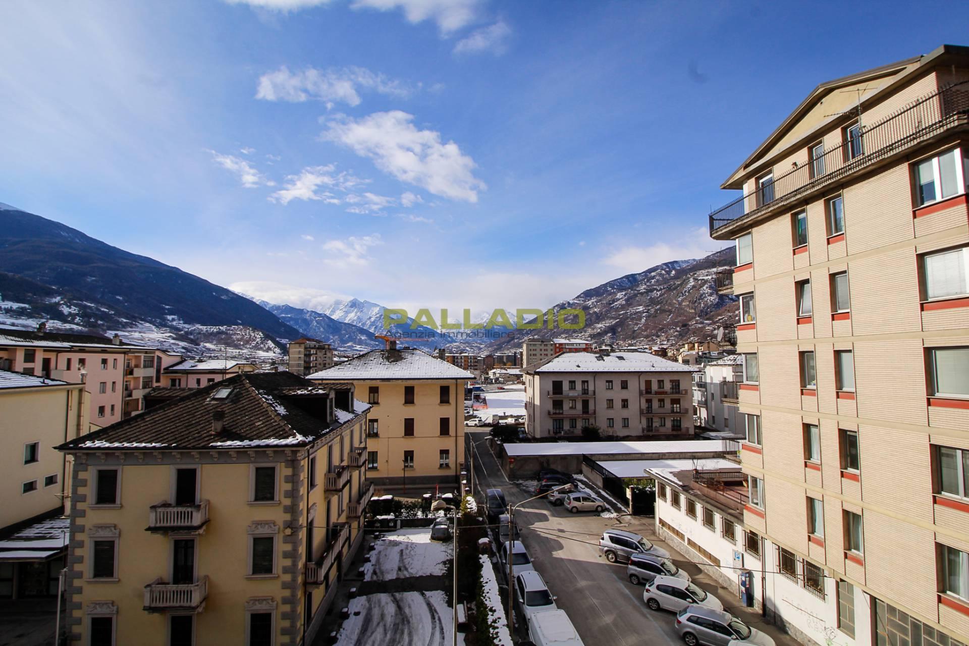 Appartamento in affitto a Aosta (AO)