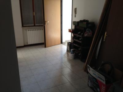 UFFICIO in Affitto a Valbrembo