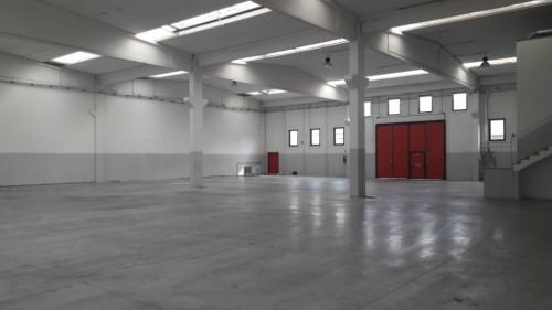 CAPANNONE ARTIGIANALE/INDUSTRIALE in Affitto a Mapello