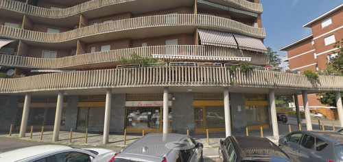 NEGOZIO in Affitto/Vendita a Bergamo