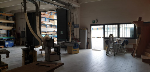 CAPANNONE ARTIGIANALE/INDUSTRIALE in Affitto a Capriate San Gervasio