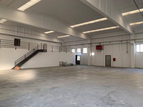 CAPANNONE ARTIGIANALE/INDUSTRIALE in Affitto a Castelli Calepio